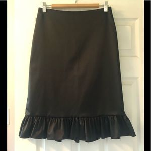 JS collections black skirt